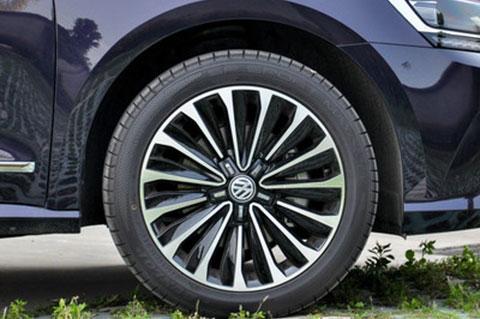 Volkswagen new Passat 18 inch wheels parameters