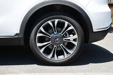 China Hongqi HS5 car wheel comparison: 20 inch wheels are atmospheric, 18 inch wheels are more practical!